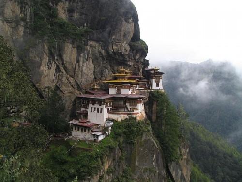 Paro-taktsang-tigers-nest-monastery-bhutan-500x375